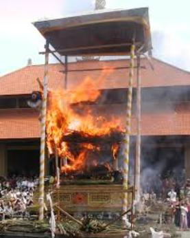 Hindu Funeral RItes are performed on a dead body of a person in a Crematorium
